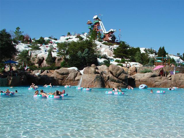 blizzard-beach-parque-aquatico-piscina