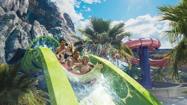 volcano-bay-water-slide-mainimg_tcm32-60677
