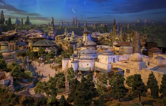 Star Wars Land rending 3_1500017702524_62811386_ver1.0_640_480.jpg