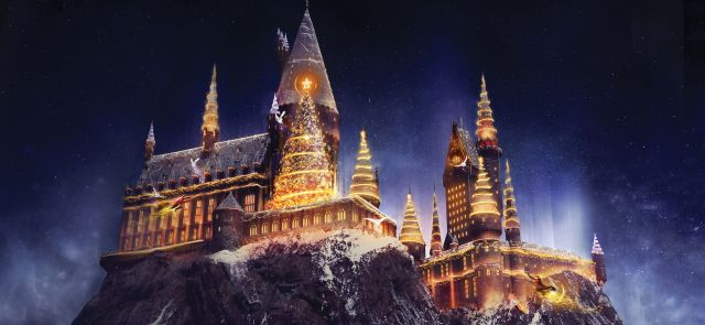 Christmas_in_The_Wizarding_World_of_Harry_Potter170830_134121.jpg