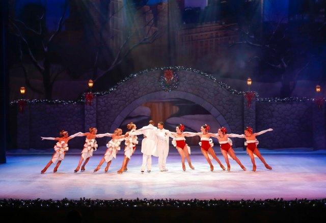 Busch Gardens Tampa Bay Christmas Town Christmas On Ice.jpg