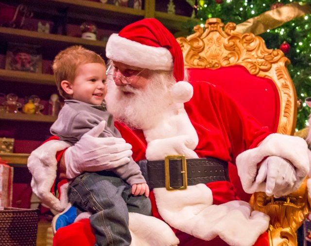 Busch Gardens Tampa Bay Christmas Town Santa.jpg