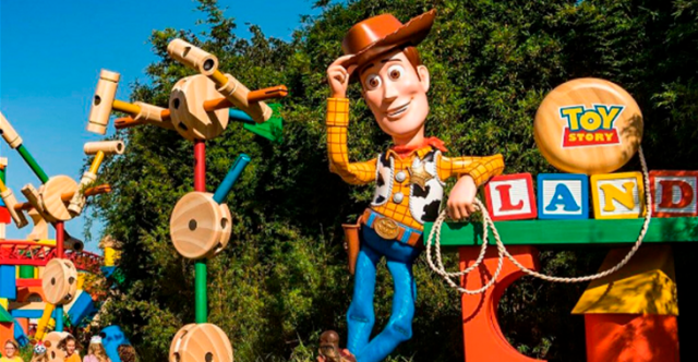 Entrada Toy Story Land